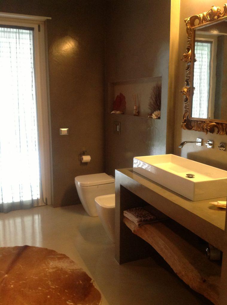 Posatori pavimenti in resina galleria fotografica - Rivestimenti bagno resina ...