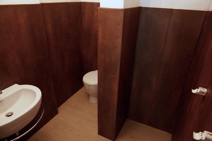 Posatori pavimenti in resina resina milano - Resina pareti bagno costi ...